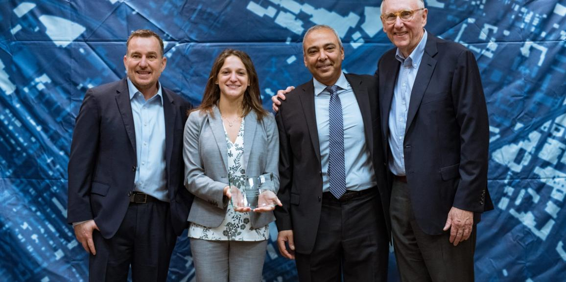 "The award for ""Energizing the Market with a Bundle"" recognizes Eos' seamless integration of its Arrow Series™ GNSS receivers with Esri mobile apps"